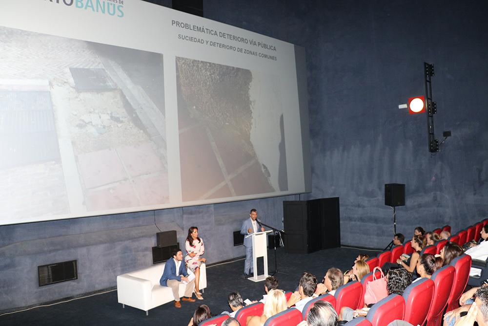 (Español) Jamal Satli Iglesias, reúne a más de un centenar de empresarios de Puerto Banús